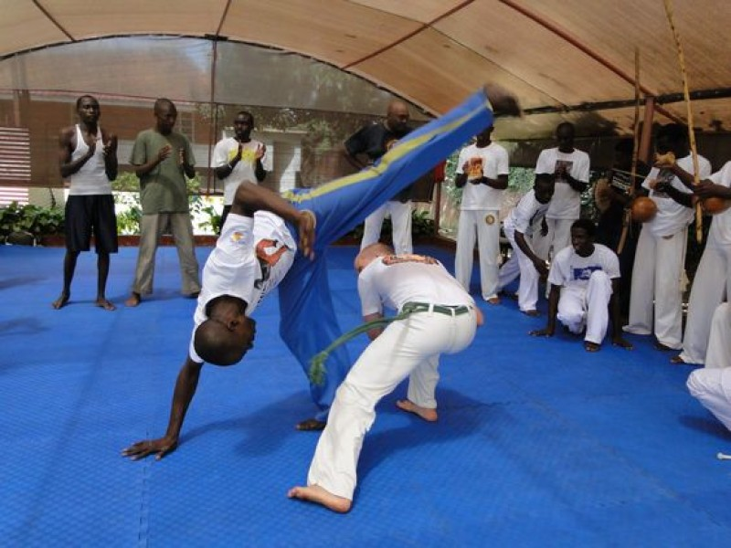 4f8f5a6800509b063eafb1cc963259ca–capoeira-uganda